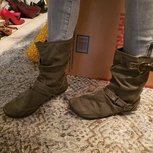 Ankle strapped flat boots